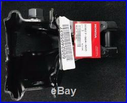 New Genuine Honda CIVIC B16 Si Rear Engine Mount T Bracket 50827-s04-n10