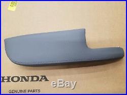 New Genuine Honda Ridgeline Drivers Door Armrest Pad 83552-sjc-a42zd Atlas Gray